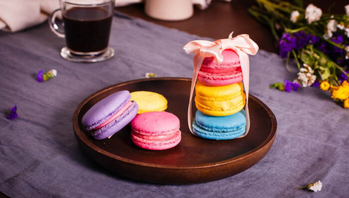 macaroons served in France