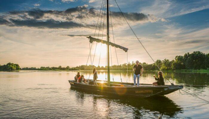 barge loire