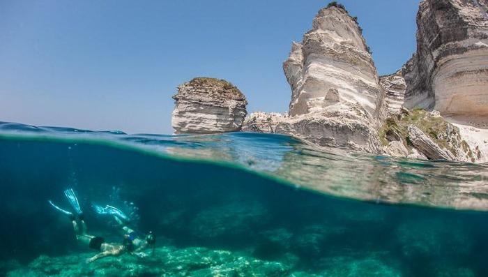 snorkling on catamaran trip in coriscan water