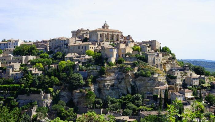 gordes-france-landscape-vacations
