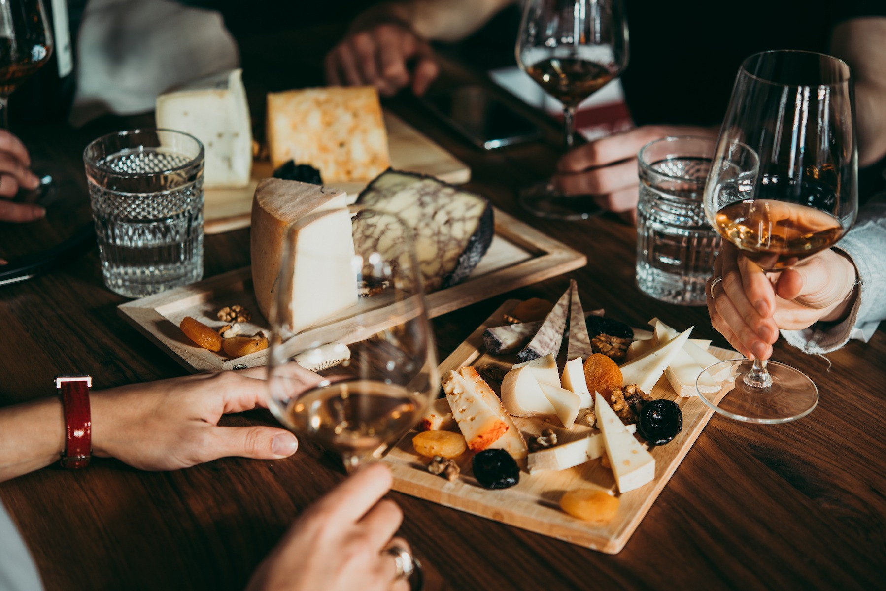 cheese and wine tasting class paris