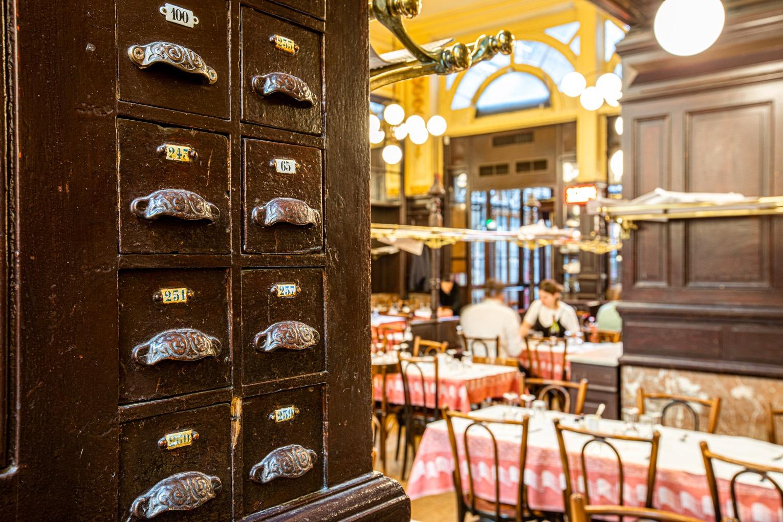 bouillon chartier favorite classic french restaurant paris