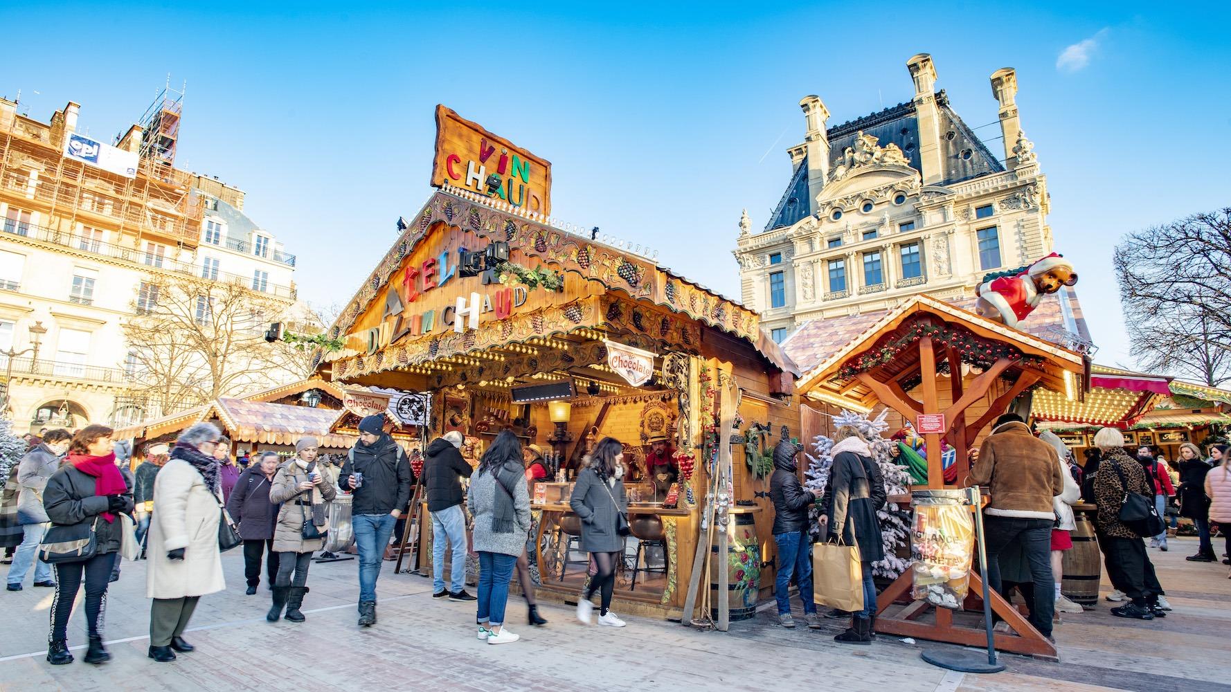 paris christmas market in the tuileries