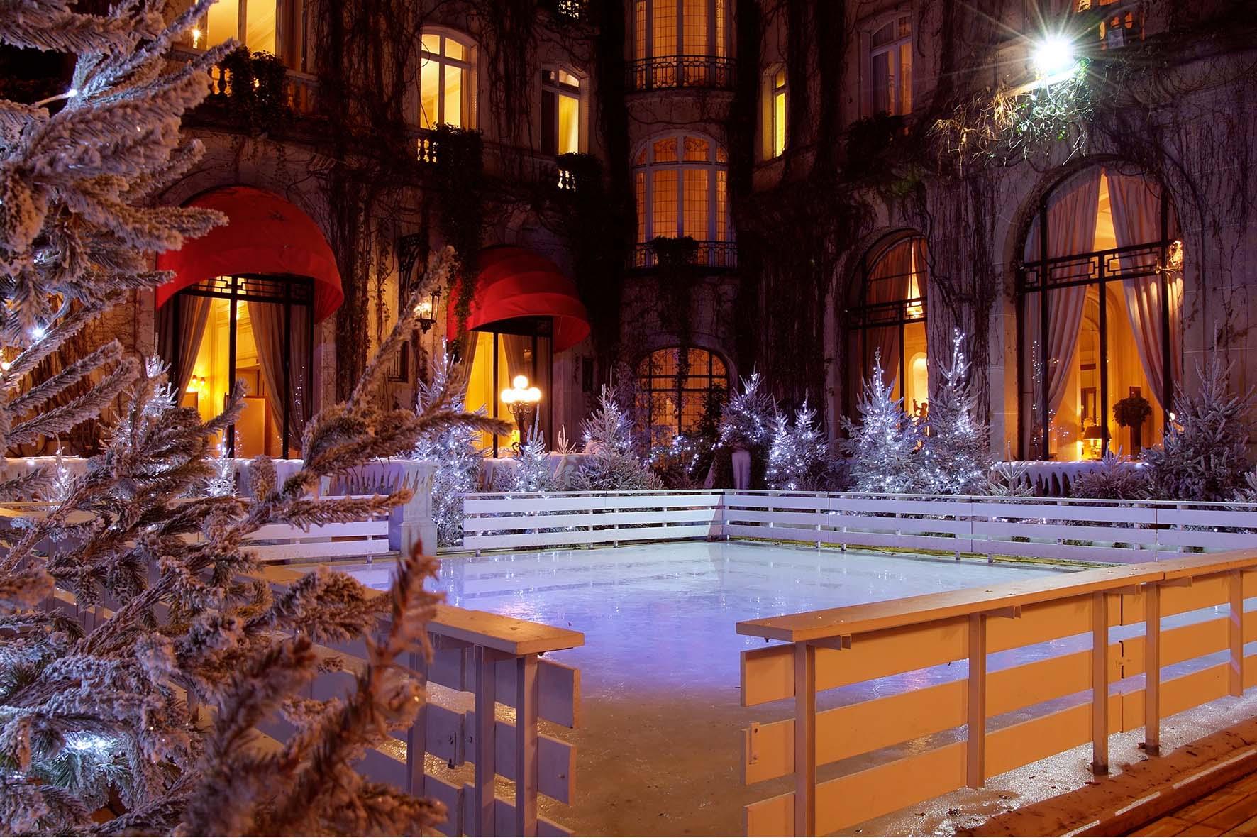 plaza athénée ice skating rink christmas