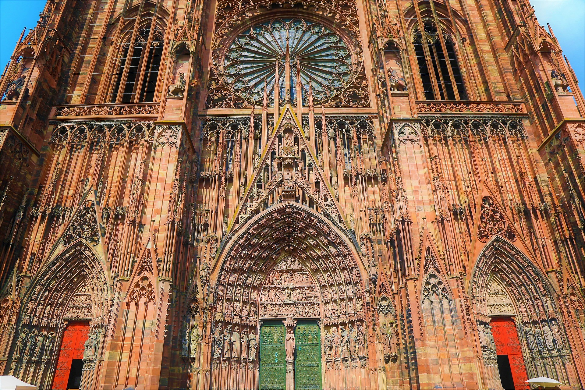 gourmet tour in strasbourg notre dame cathedral
